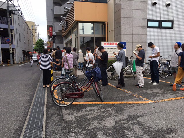 朝の入場 (2)