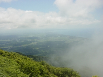 上越方面 雲で展望いまいち