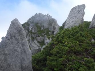 第一ピーク付近からの空木岳1