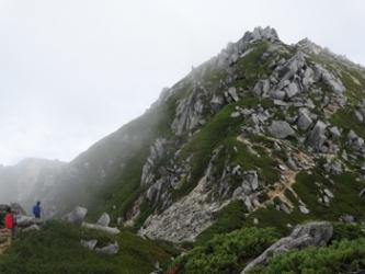 第一ピーク付近からの空木岳2