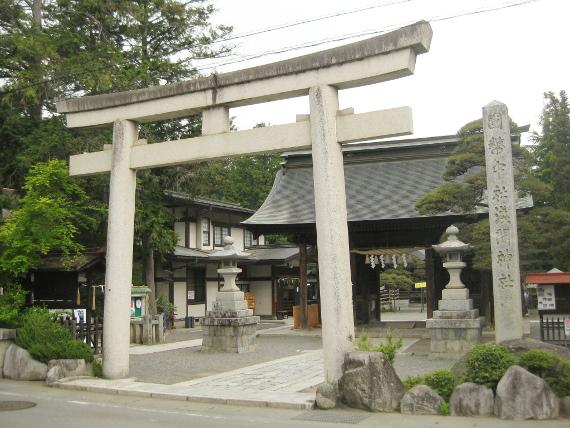 浅間神社(甲斐)本殿01