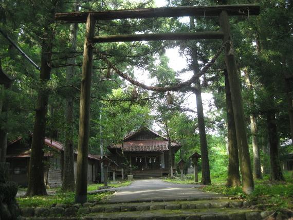 六所神社(領家村)01