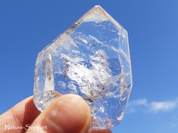 水入り水晶ポイント