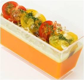 バジル香るトマトのムース