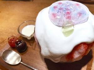 「紫陽花」いちごジュレ入りレアチーズ