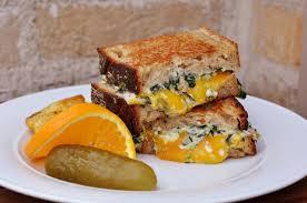 クリームドスピナッチ グリルドチーズサンド