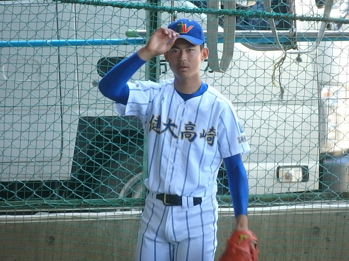 03_健大高崎の先発は背番号10の右腕小野くん