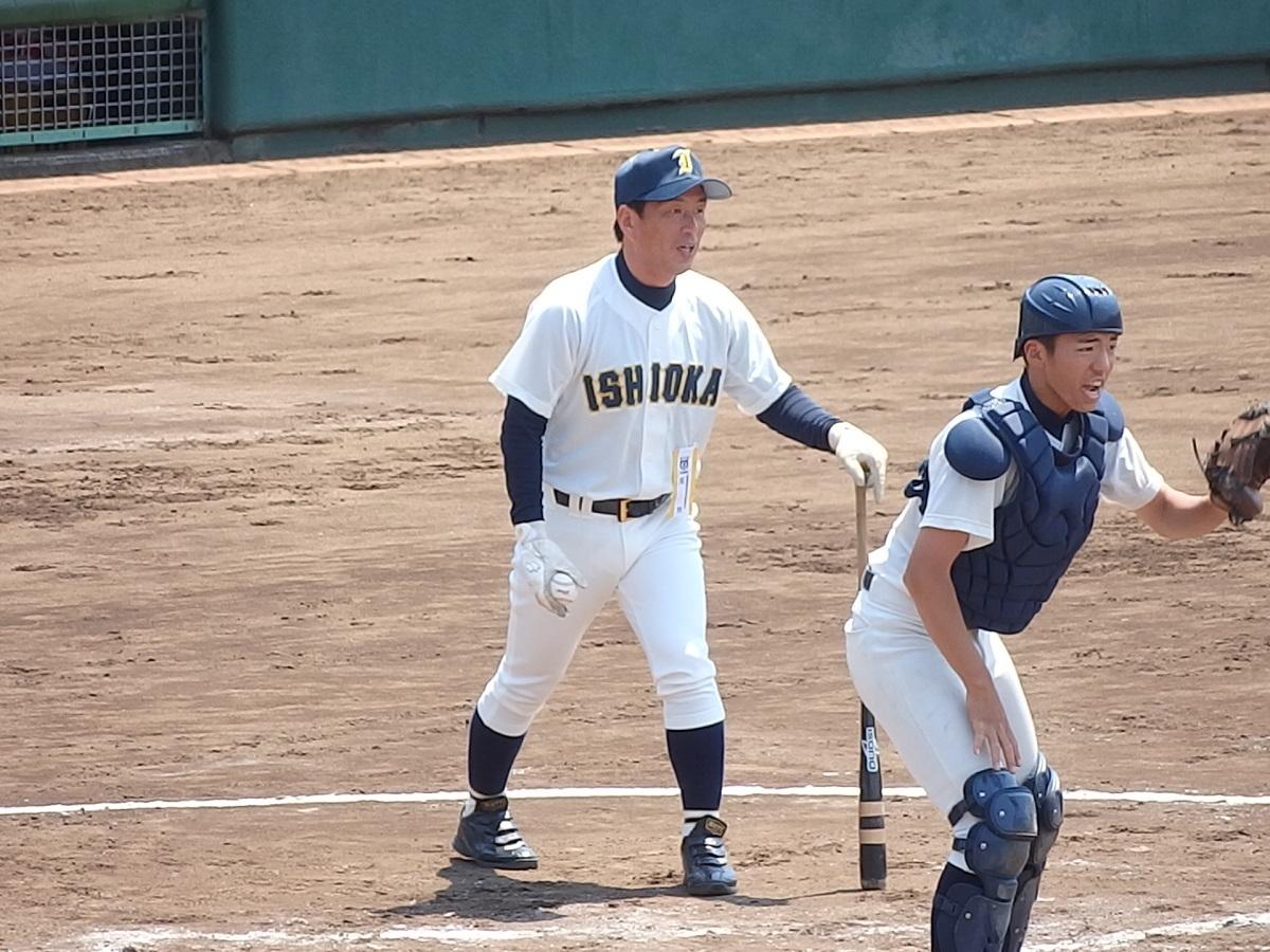05_チーム力を春関に出場できるまでに引き上げた石岡一川井監督