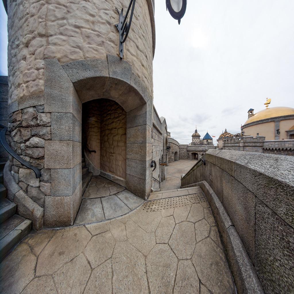 城門横階段踊り場(フォートレス・エクスプロレーション)