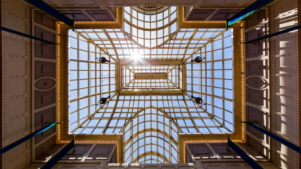 ドーム天井(東京ディズニーランド・ステーション)