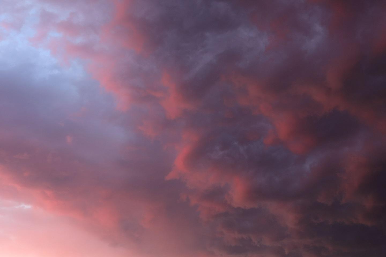 20176 18 不安な心模様の雲 ブログ用.jpg