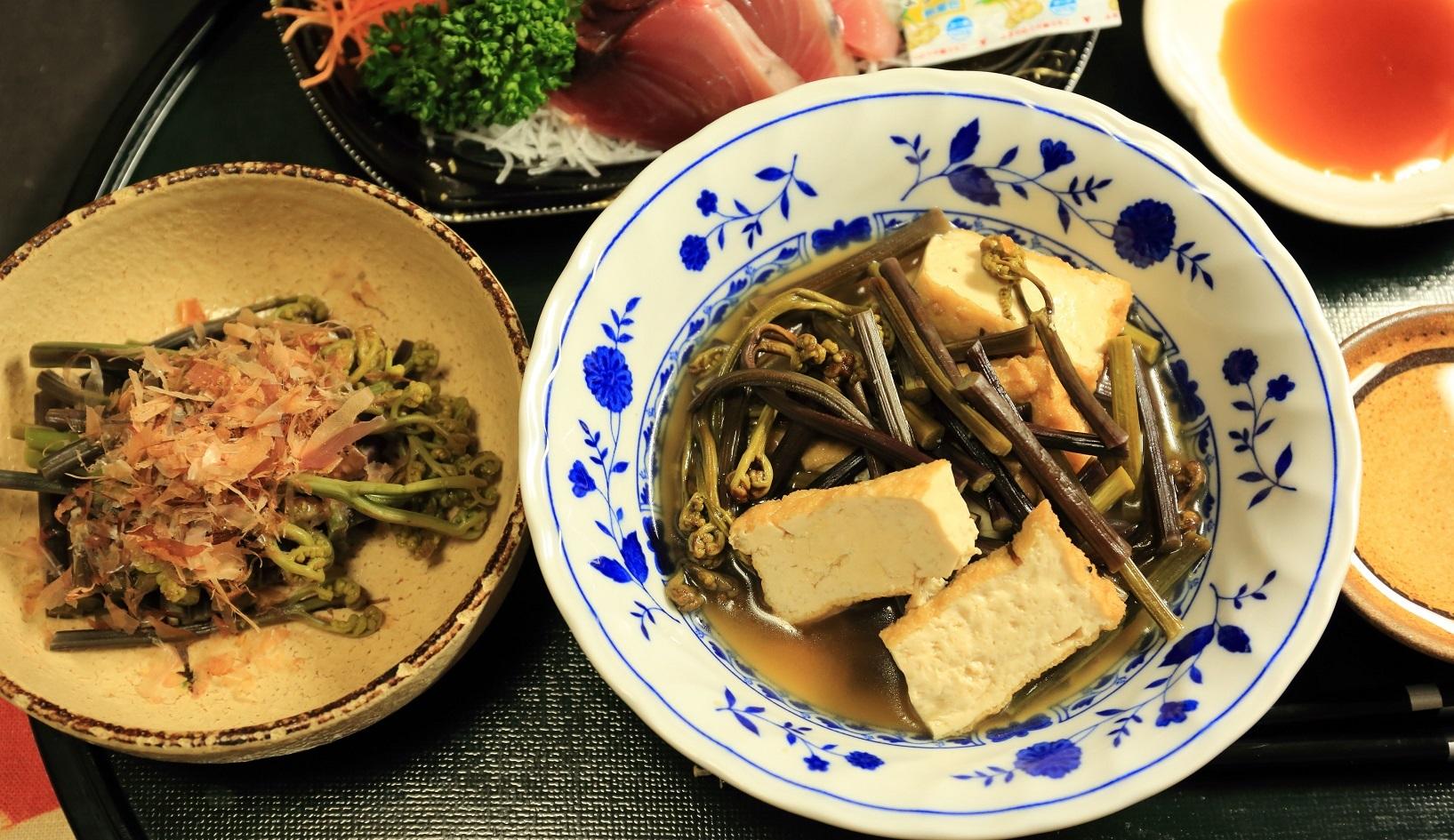 2017 7 5 ワラビの簡単料理 ブログ用.jpg