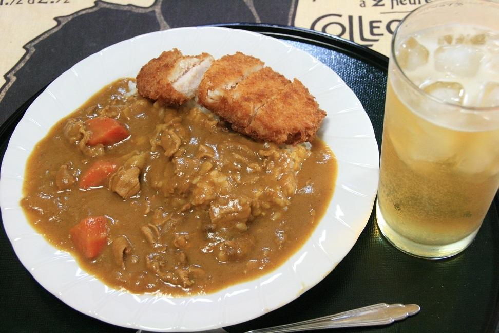 2017 8 16 夕食。カツカレー.jpg