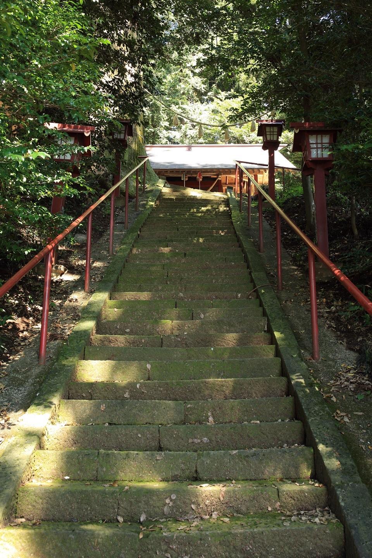 2017 9 1 御嶽山の急な階段 ブログ用.jpg