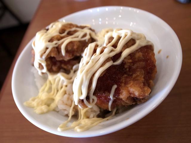 唐揚げマヨ丼