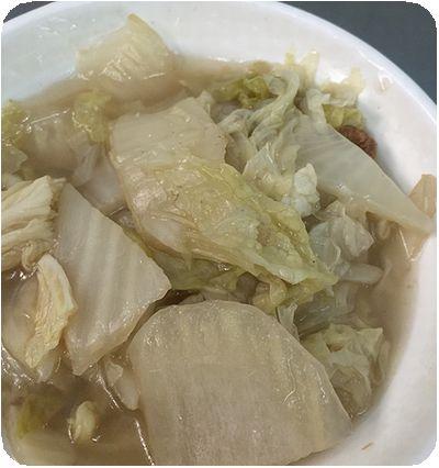 矮仔財滷肉飯野菜
