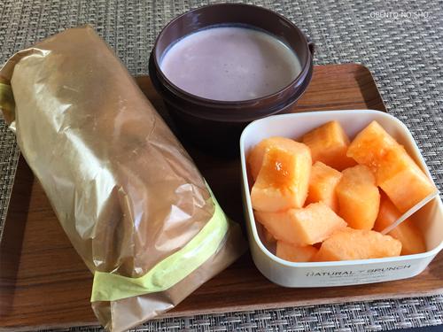 イベリコ豚のバジマヨバゲットサンド弁当