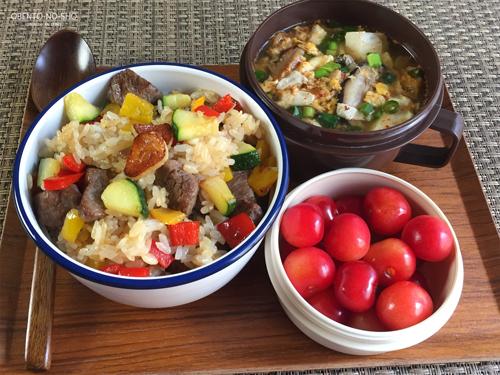 牛肉と夏野菜のガーリックライス弁当