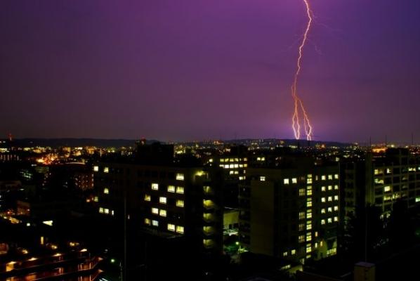Thunder81816.jpg