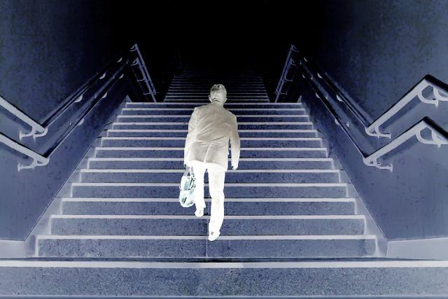【労働信仰】日本政府「75歳まで働かないと人生はつまらない!」と国民の意識を改革中…年金75歳受給への暗躍