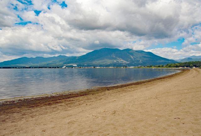 【2万年前】福島にある「猪苗代湖」に国内最大級「巨大な地滑り」の痕跡…直下型地震が起こり、さらに津波も発生していた可能性