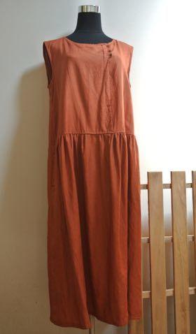 リネンのギャザードレス