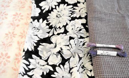 買った布と糸