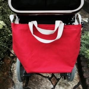 車椅子専用バッグフック付きぷるちーの車椅子1