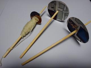 ローソンのお箸スピンドルで試し紡ぎ