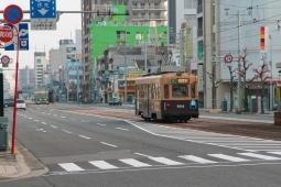 広島駅前4