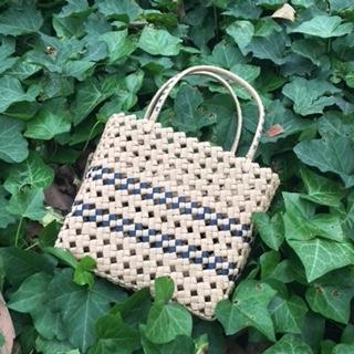 石畳編み手提げかご