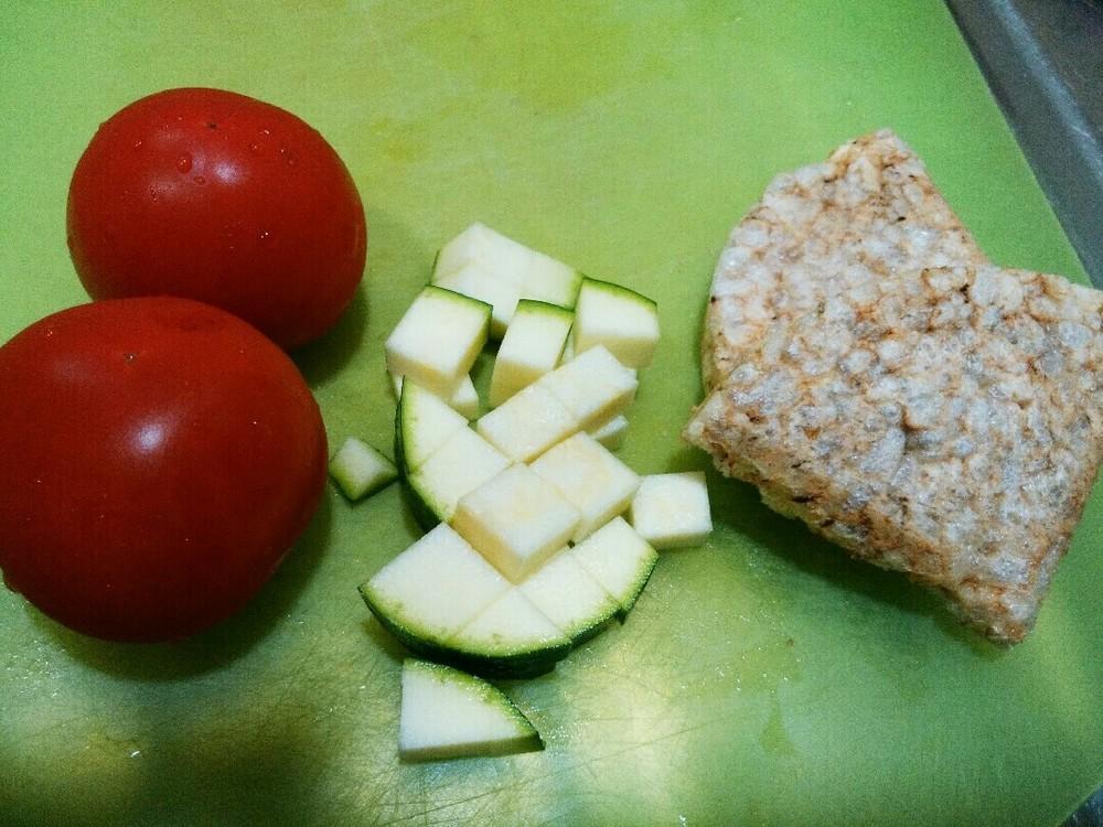 トマトミルクリゾットの作り方1
