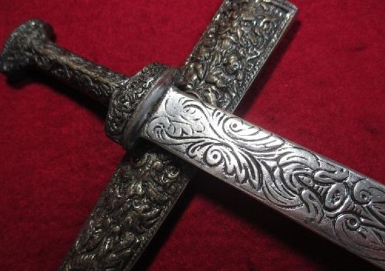 0ローマの護身用短剣