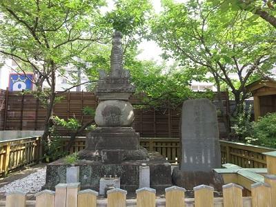 IMG_8165 西郷局の墓