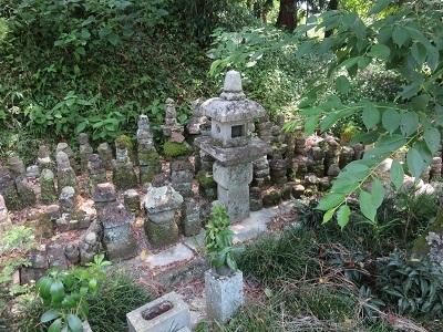 IMG_9994 戦国武将の墓