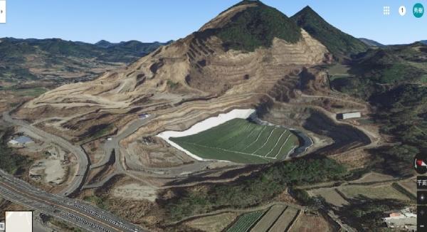 鋸南町採石場跡地google earth