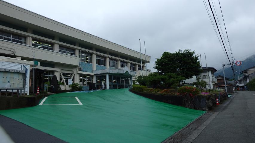 神山町役場