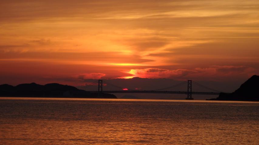 2017年6月13日 鳴門海峡に沈む夕日