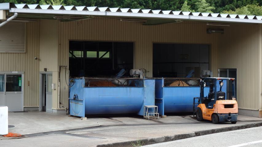 キノコ栽培菌床製造工場