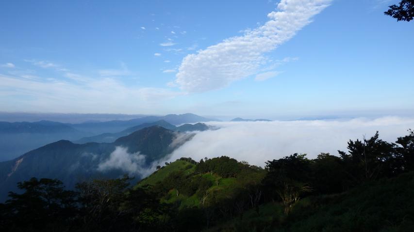 剣山の方向