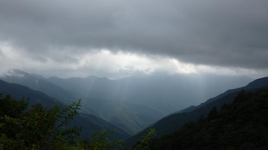 三嶺も雲の中