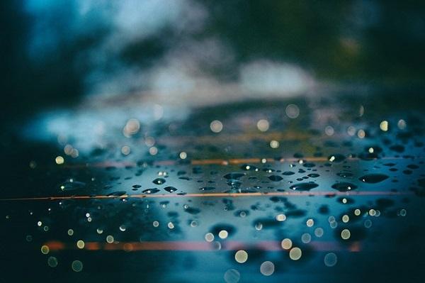 フリー画像・青い雫