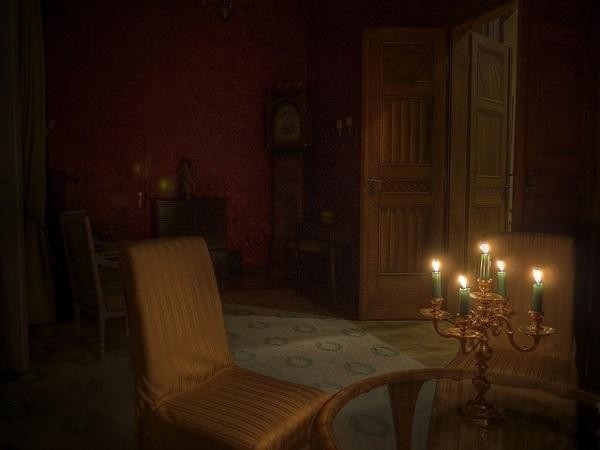 フリー画像・キャンドルのともる部屋