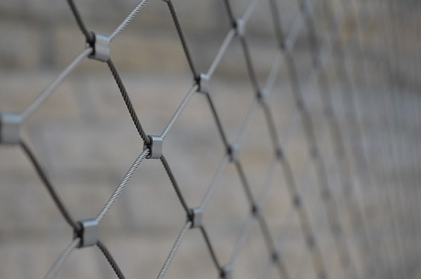 フリー画像・グレーのフェンス