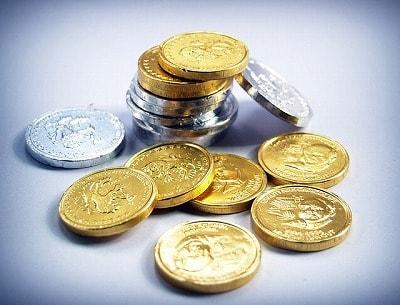 s-coin-1549059_400-min.jpg
