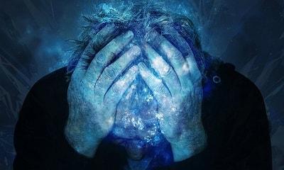 s-headache-1910649_400-min.jpg