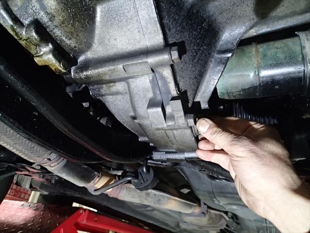 いすゞ ジェミニ修理