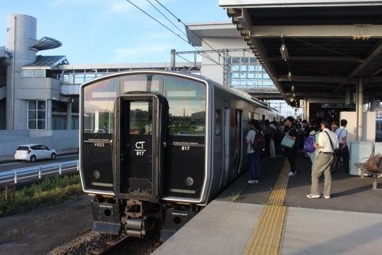 ⑬普通列車鳥栖行 (550x367)