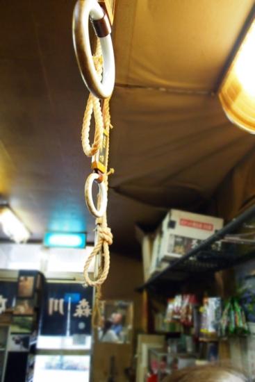170703_03吊り革