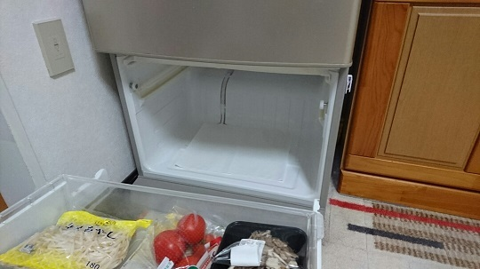 冷蔵庫 ④